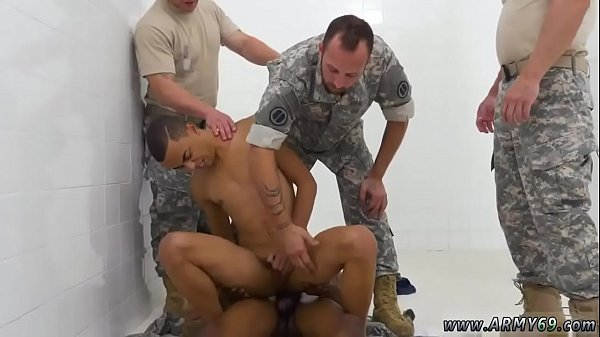 Naked Military Pictures photo 29