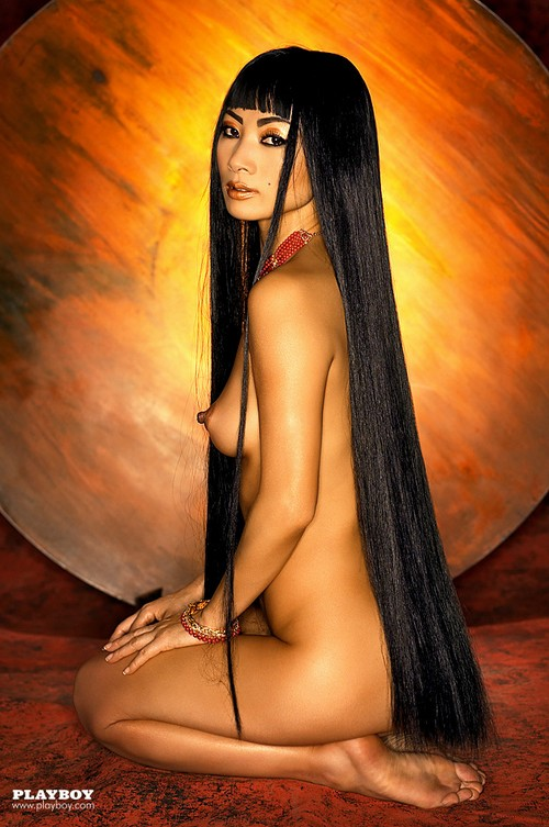 Ling Nude photo 1