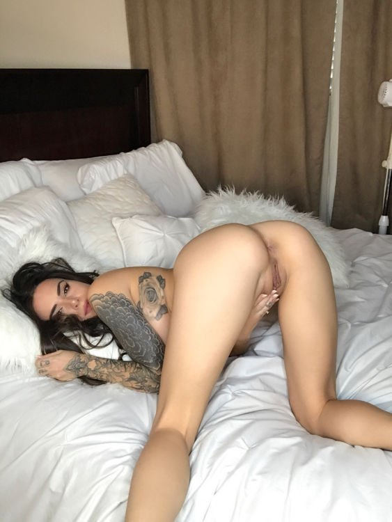 Summer Mclerney Nude photo 3