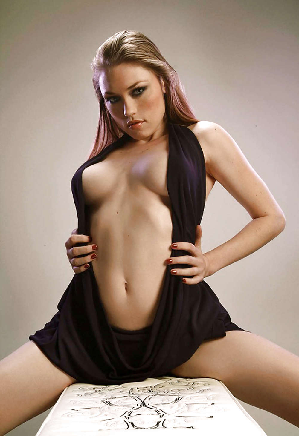 Clare Grant Naked photo 29