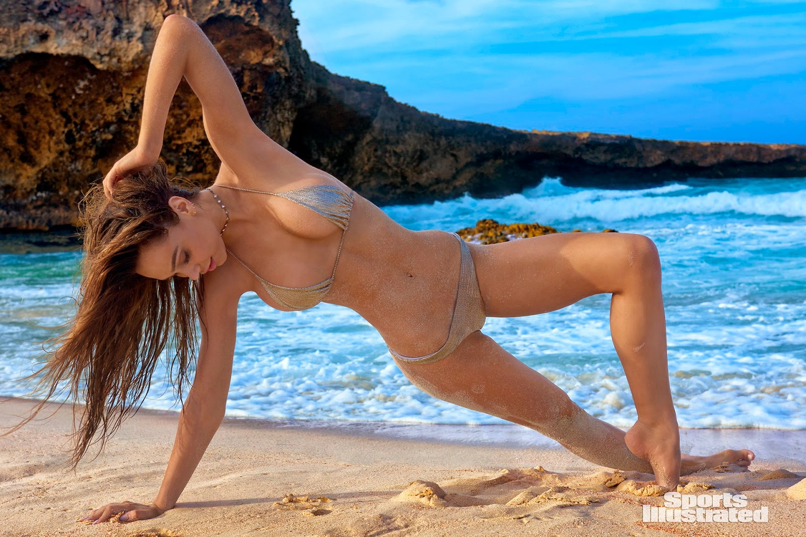 Swimsuit Models Topless photo 28